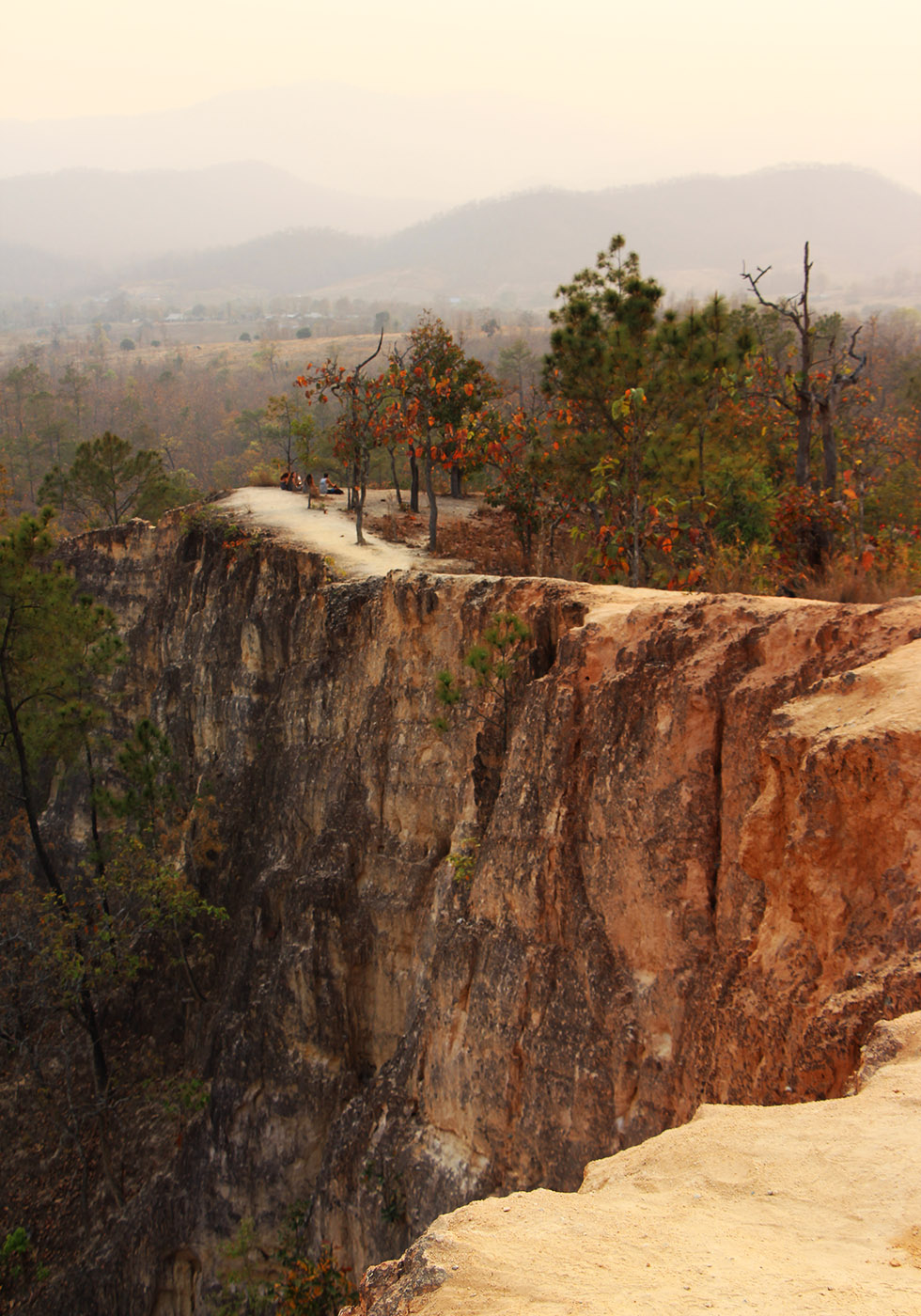 Pai Canyon: Hiking on the Edge of a Cliff