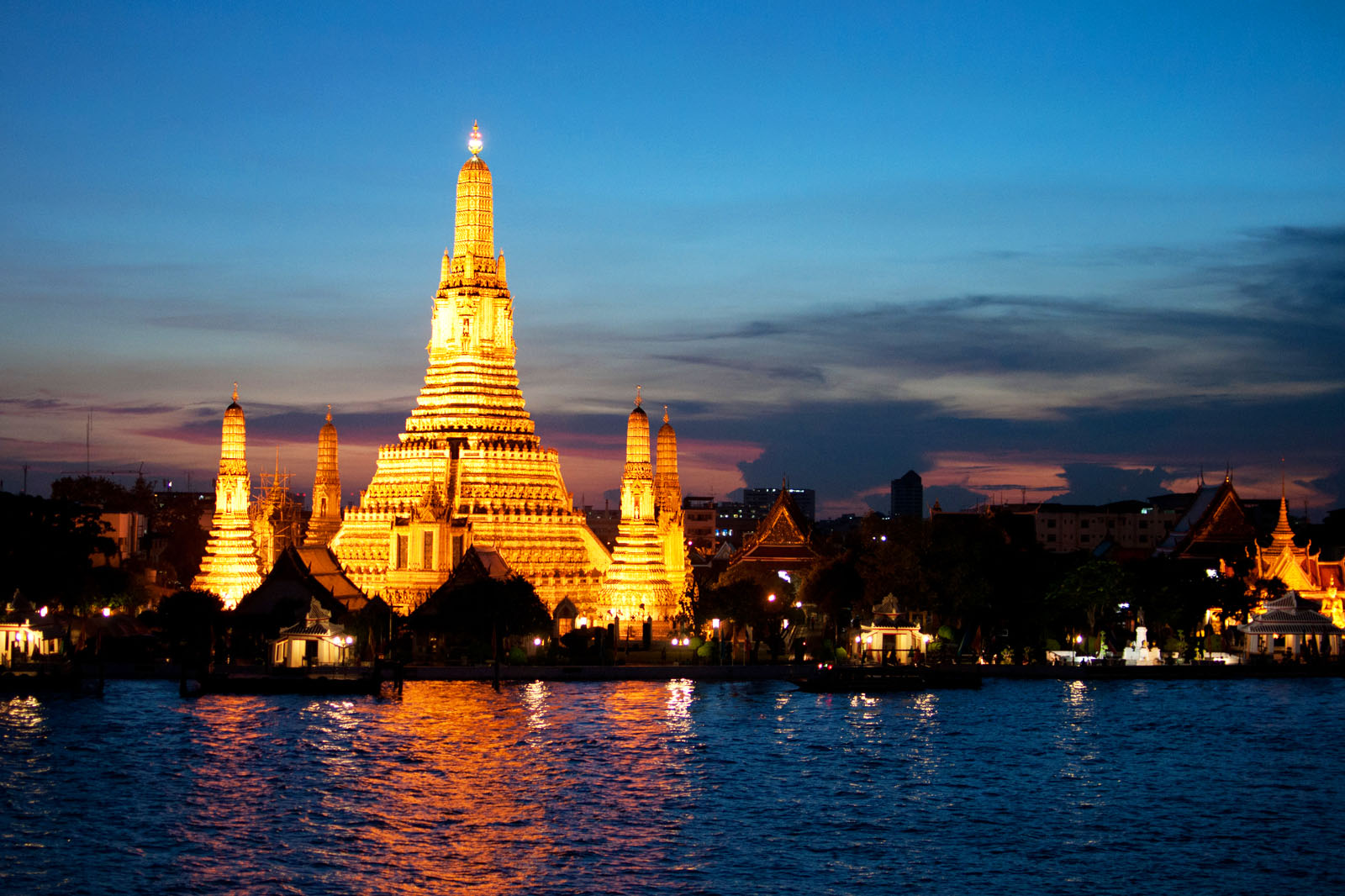 Wat Arun: The Temple of Dawn