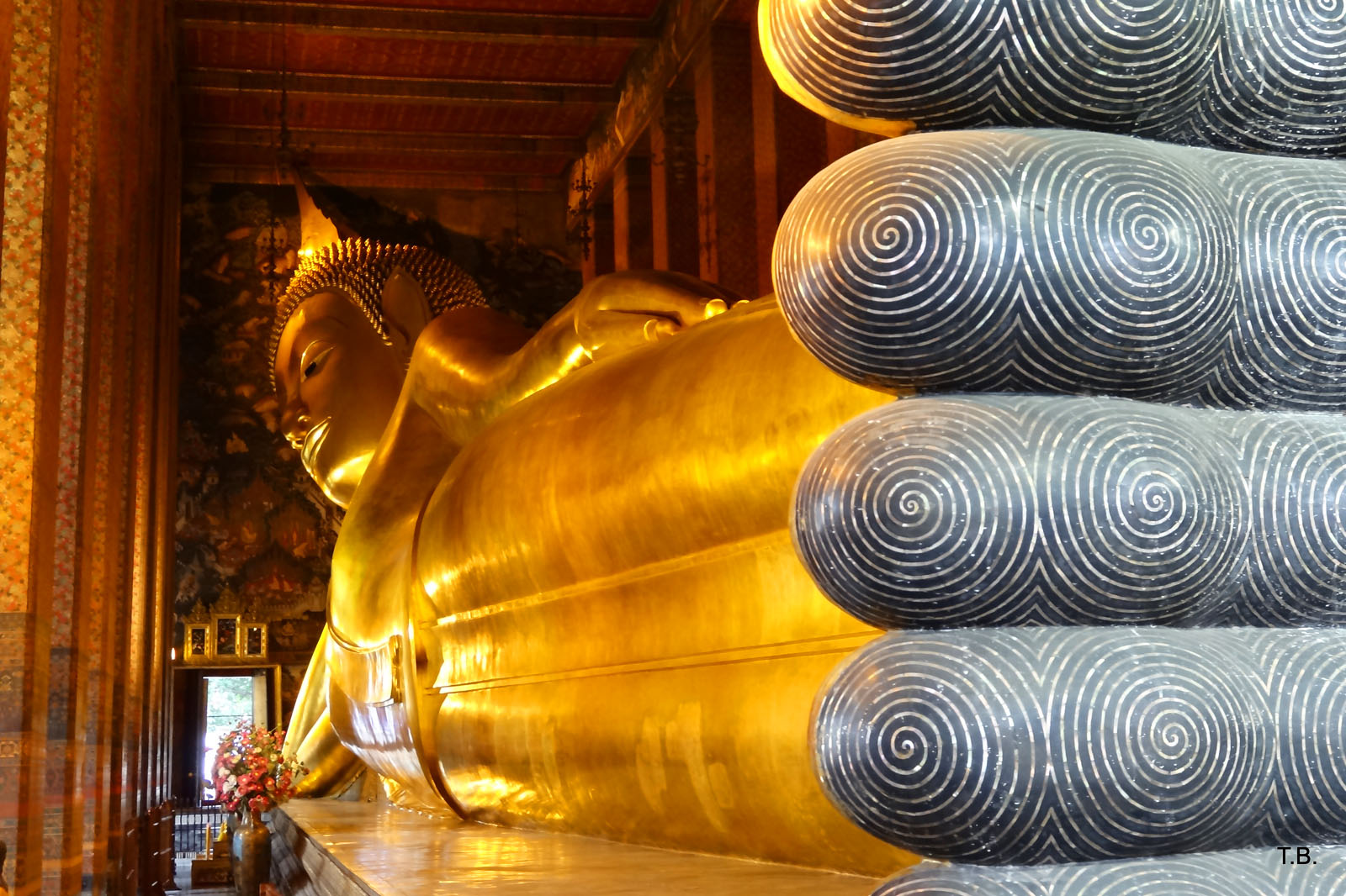 Wat Pho: The Temple of the Reclining Buddha