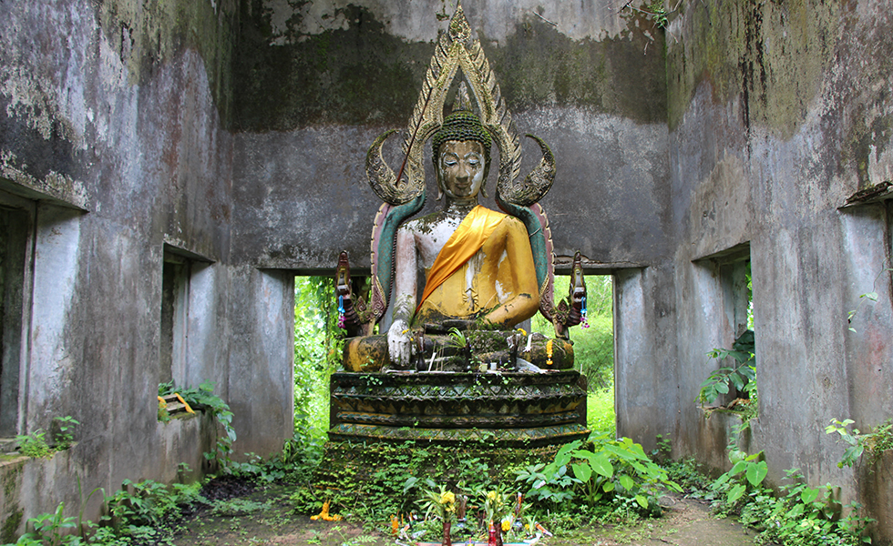 Sangkhlaburi: Exploring Secret Underwater Temples