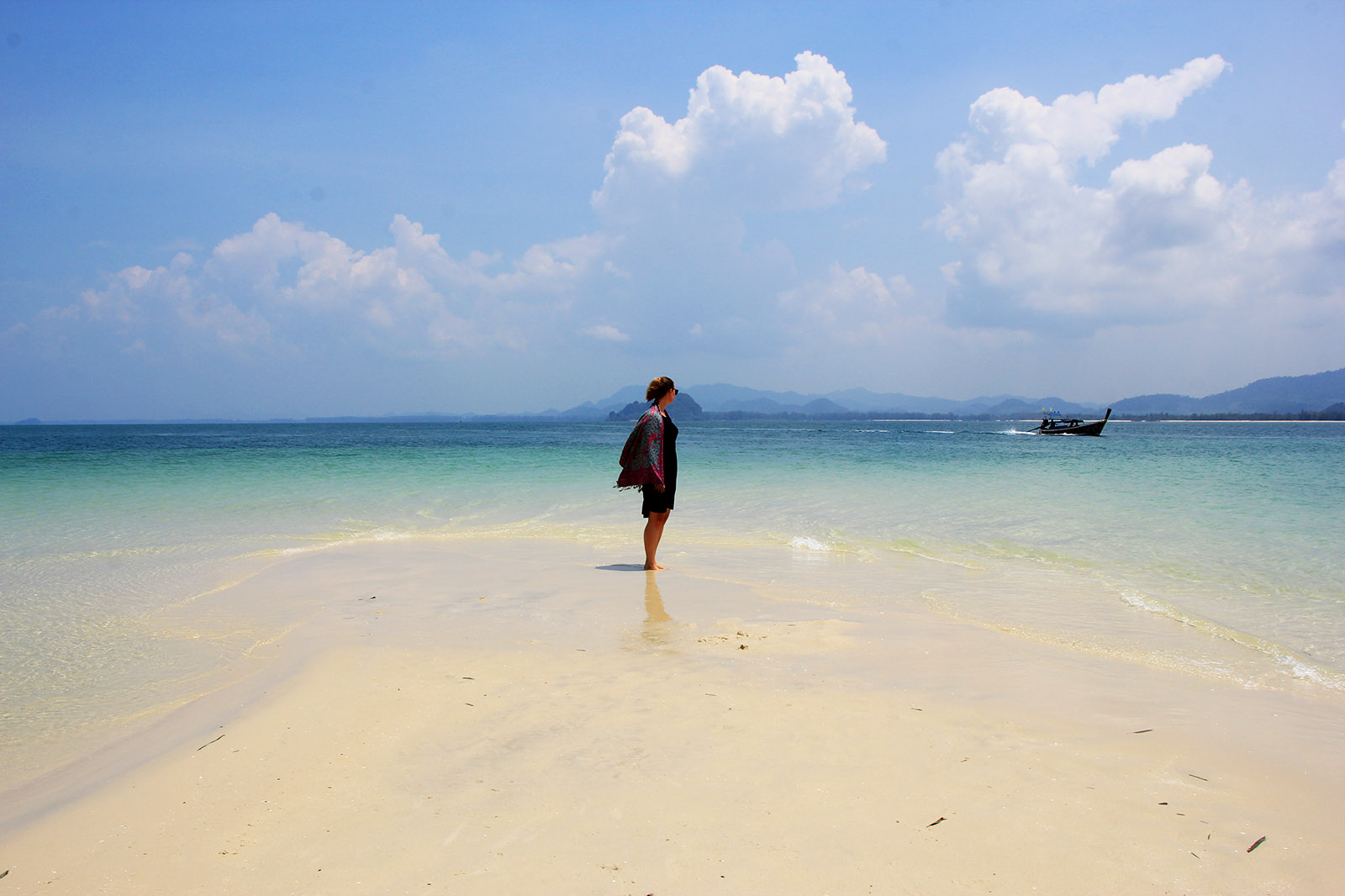 Solo Travel in Thailand as a Female: 8 Tips